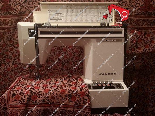 چرخ خیاطی ژانومه مدل ۶۲۵ دستگاهی ژتونسرخود، ساخت ژاپن مناسب برای مصرف خانگی و نیمهحرفهای، بدنهی مقاوم، صدایی نرم و نیز کارایی آسان.